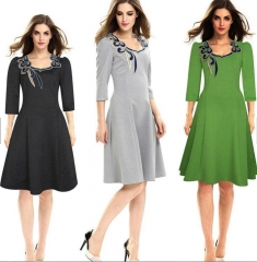 Women's 3/4 Sleeve Embroidery Square Neck Knee Length Dress deep grey xxxl