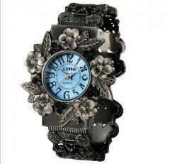 stainless steel dial quartz wristwatches for Women fashion Bracelet watches flower quartz watch bule