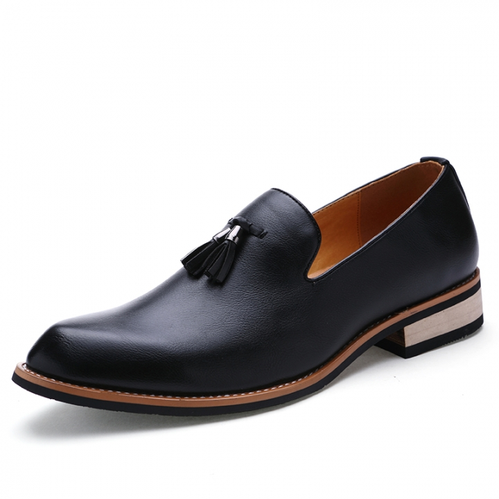 d1edc7b921 Luxury Designer Casual Party Dress Leather Flats Shoe Oxfords Tassel  Loafers Male Business Shoe black 38