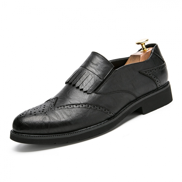 Leather Men Dress Shoes Flats Casual Oxford Formal Shoes Male High Quality Carved black 39
