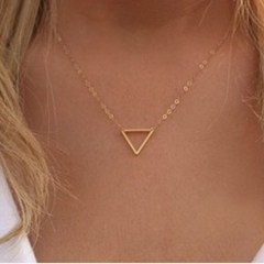 Simple fashion metal necklace simple elegant hollow triangle pendant short section clavicle necklace gold one size
