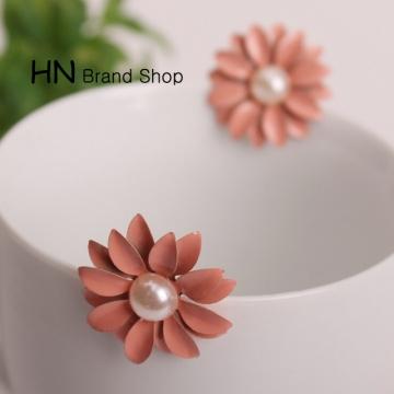 HN Brand-1 pair/Set New Beautiful Hot Pearl daisy flower stud earrings Women Jewellery pink 2.6cm*2.6cm