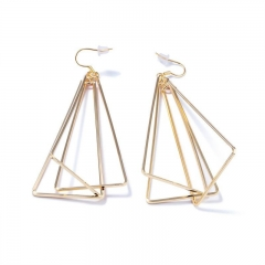 Fashion Temperament Triangle Earring Copper Plating 18K gold Prevent Allergy Earring gold one size