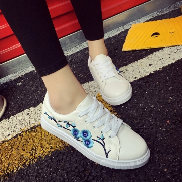X000090 Women White Canvas Shoes Embroidery Flowers Casual Flat Shoes blue 38