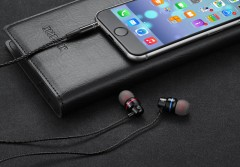 Metal Earphone For iPhone 5 5S 6S Stereo Bass Earbuds Headphone For Samsung Xiaomi earpiece With