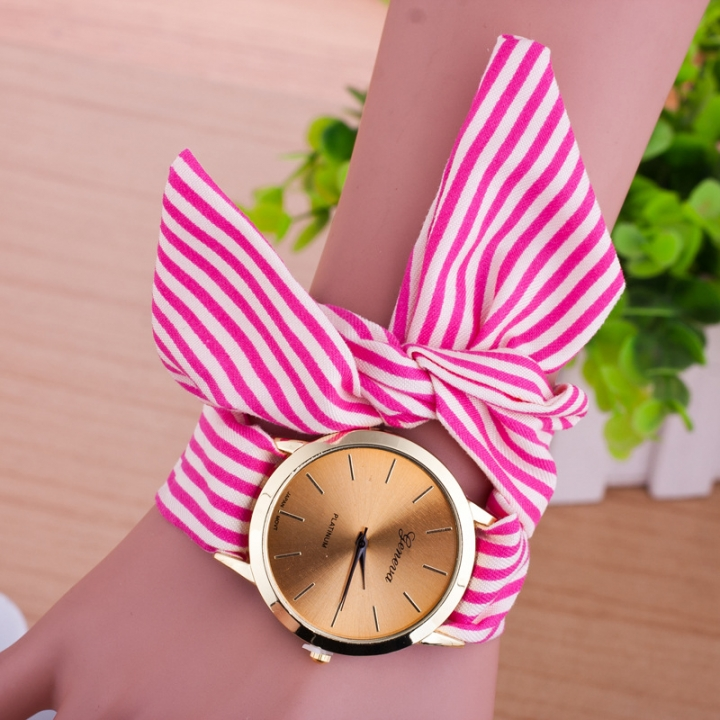 Women Geneva floral Cloth Band Quartz Analog Dress Belt Bracelet Wrist Watch rose red
