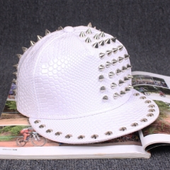 Fshion Ms. male Handmade rivets Baseball Cap Flat along The Hip-hop Hat Fur Hat Snapback white