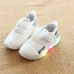 2018 New shoes for teenagers Boys Girls LED Luminous Shoes Sneakers moda infantil kids shoes white uk5.5