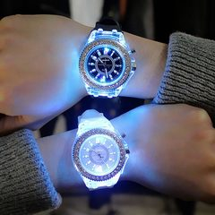 Led Flash Luminous Watch Trends Ladies Lovers Jellies Women Men Watches 7 Color Light WristWatch black