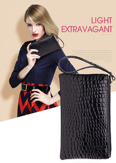 Crocodile Print PU Leather Wristlet Wallet for Women Small Clutch Wristlet with Strap Black black one size