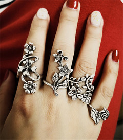 Fashion personality Antique Silver Hollow-out carved ring 4 piece suit  Women's rings silver 4 piece suit