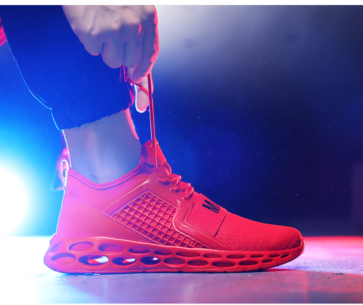 Hot Sale Men Breathable And Comfortable Men Plus Size Sport Shoes Athletic Outdoor Shoes red 38