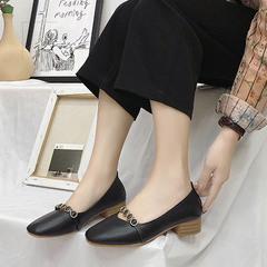 Chunky block-toe shoes with mid-heel retro granny shoes for spring 2019 black 35