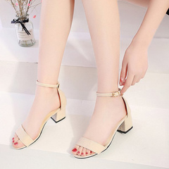 Sandals for summer 2019 new kitten heels with chunky black stud toe strap Roman heels beige 34