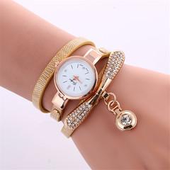2019 Women Leather Rhinestone Decorative Wristwatches Ladies Pendant Quartz Watches red