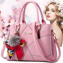 2019 new hair ball handbag scarf bag quality bag ladies shoulder Messenger bag pale red ordinary pink one size