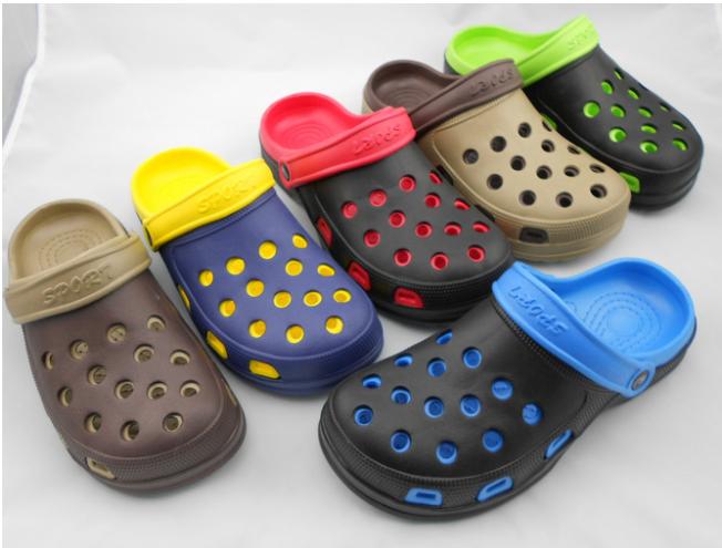 New double bottom men's garden shoes non-slip thickened crocs men's beach shoes slippers dark blue,yellow 40