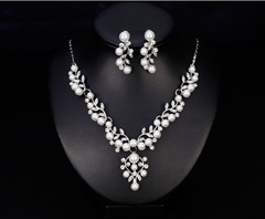 Jewelry Set Simulated Pearl Dimond Necklace Earrings Bride Necklace Earrings Set Daily Jewelry Set as picture one size