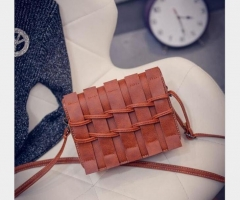 Quality PU leather handbags simple fence retro bag shoulder diagonal portable mini phone package orange one size