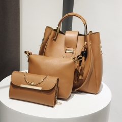 New fashion trend versatile handbag shoulder messenger bag casual bag three-piece suit brown Length 35 width 14 height 31