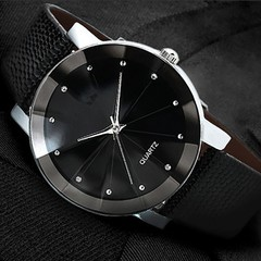 Fashion Belt Electronic watch Casual Couple watch men's and women's Wristwatch 2pcs Set Black
