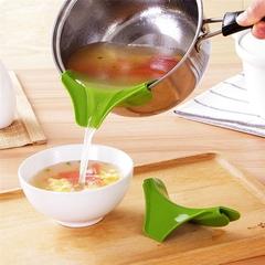 Silicone Slip-On Pour Spout Funnel for Pans Bowls Pots Green Universal Size