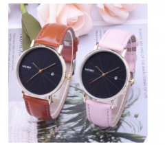 New lady's simple leather strap watch calendar quartz watch black