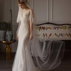 2019 Fashionable Wedding Dress Goddess Stylish Tailored Dress white tail s