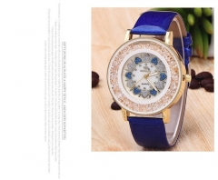 New style ladies watch fashion belt personality peach core quartz watch blue