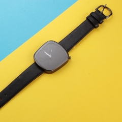 The new personality fashion square quartz watch men and women leisure student table black