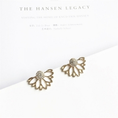 Crystal Flower Stud Earrings For Women fashion Jewelry gold sliver Simple design  Earring jewelry gold one size