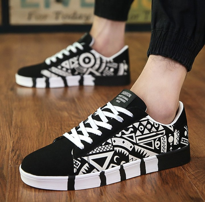 Men's Casual Shoes Canvas Shoes Sports Students Tenis Masculino Adulto Zapatos De Hombre  Shoes white 6.5