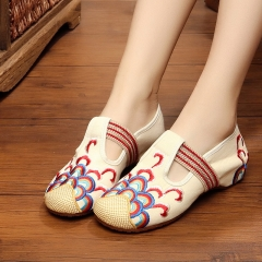 Wave flower old Beijing embroidered cloth shoes national wind increase Flats mother shoes white 34