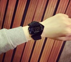 CF luminous luminous LED fashion smart watches for men and women black