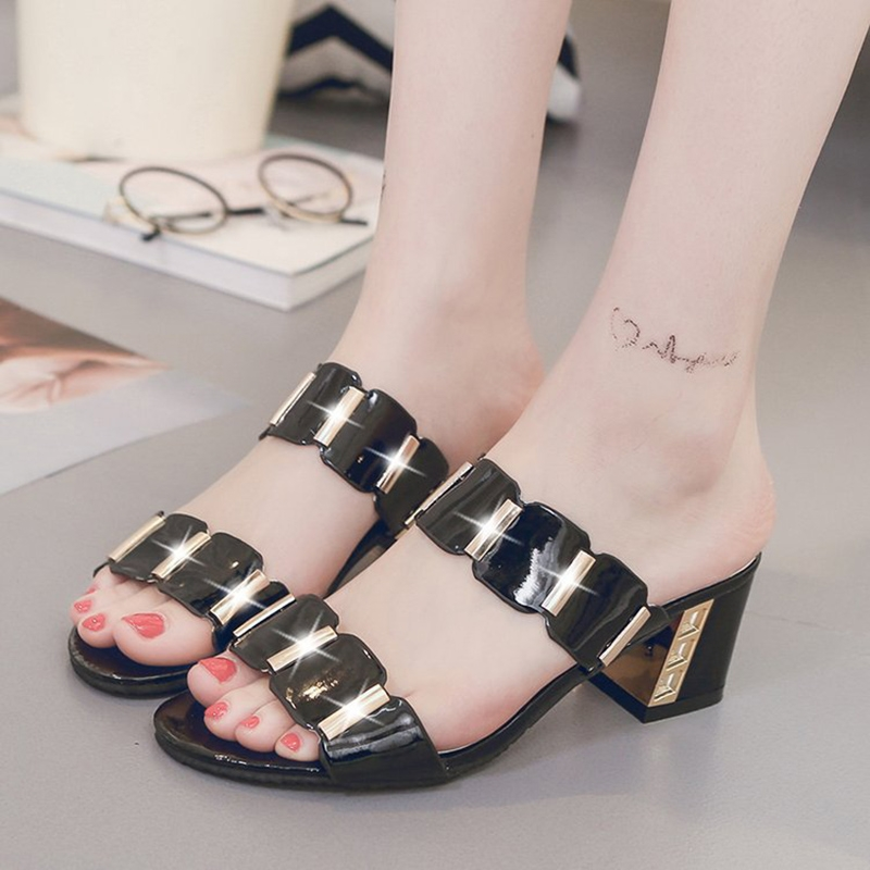 fe511939c Women Fashion Casual Sandals Thick High Heel Slippers Causal Flip ...