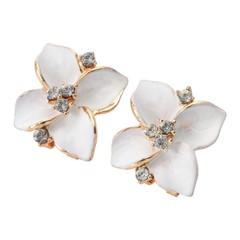 Flower Design Rhinestone Embellished Ladies Alloy Stud Earrings
