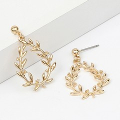Leaves Pattern Hollow Out Earrings