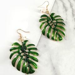Hollow Leaf Design Hook Metal Earrings