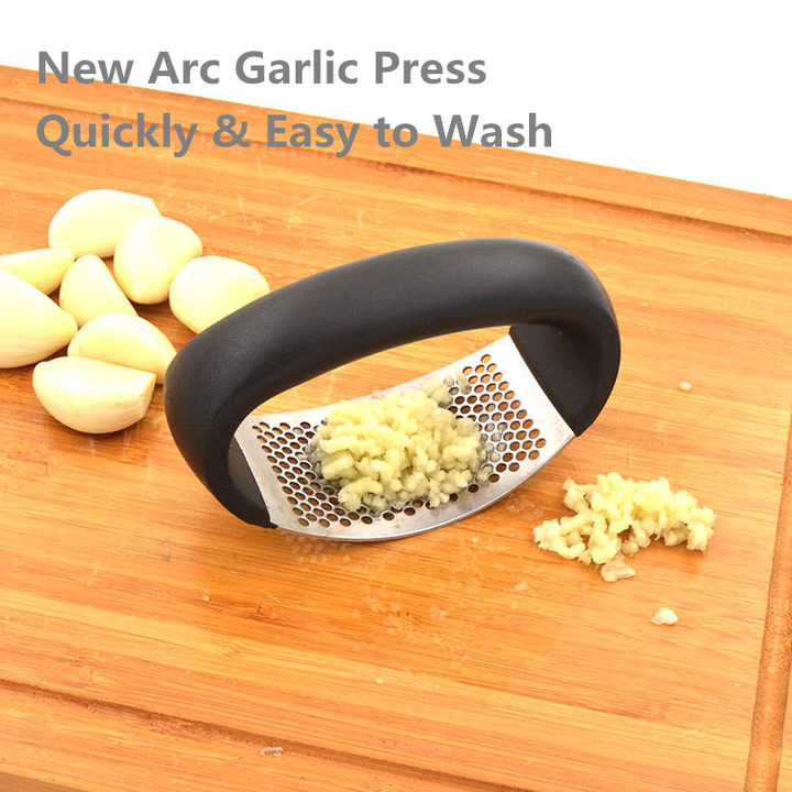 One Pcs New Arc Stainless Creative Hand Press Garlic Tools Ginger Garlic Chopper Crusher Garlic as pic one size