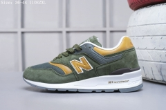 41fbb5054d8 New Balance M997 shock Jogging shoes men s women s fashion Christmas gifts  are selling like hot green