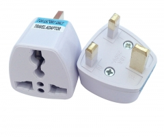 International UK Standard Plug Travel Universal Wall Charge Socket Power Adapter 1PCS