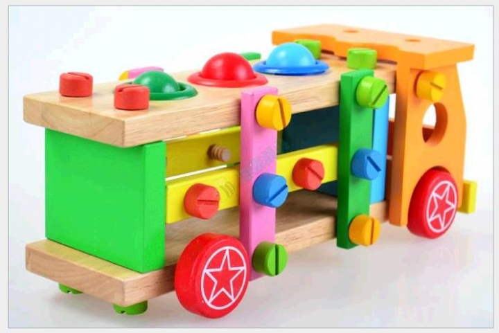 Children disassembly nut Toy Puzzle Toy Wooden Toy knock ball screw car mul-ti middle