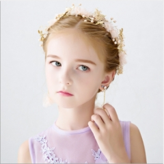 Girls garland only beautiful handmade children hair flower accessories The wreath of pink + eardrop as shown in figure