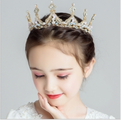 Children's crown princess crown crystal with hair band pink birthday of the girls Golden pearls big crown as shown in figure