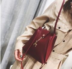 Mini small bag mobile phone zero purse female PU single shoulder bucket bag wind red one size
