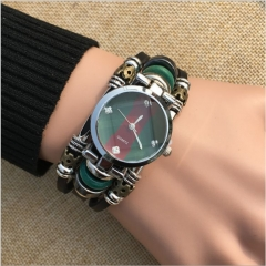Bracelet watches Male bracelet watch fashion leather strap men quartz watch black as shown in figure