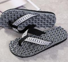 New summer men's massage flip-flops with slope - resistant slipper black 40