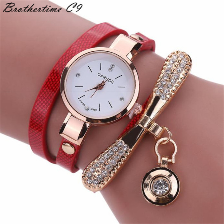 Watches Women Leather Rhinestone Decorative Wristwatches Ladies Pendant Quartz Watches Ladies red