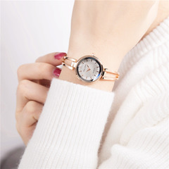 Woman Fashion Simple Bracelet Watch Rhinestone Student Scale Quartz Watches Rose gold white flour