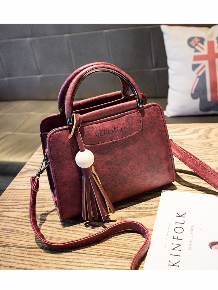 2019 New Women Handbags, Simple Fashion Flap, Trend Tassel Woman Messenger Bag, Shoulder Bag Gray 22*10*17CM 5